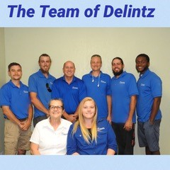 photo of the staff working at Delintz